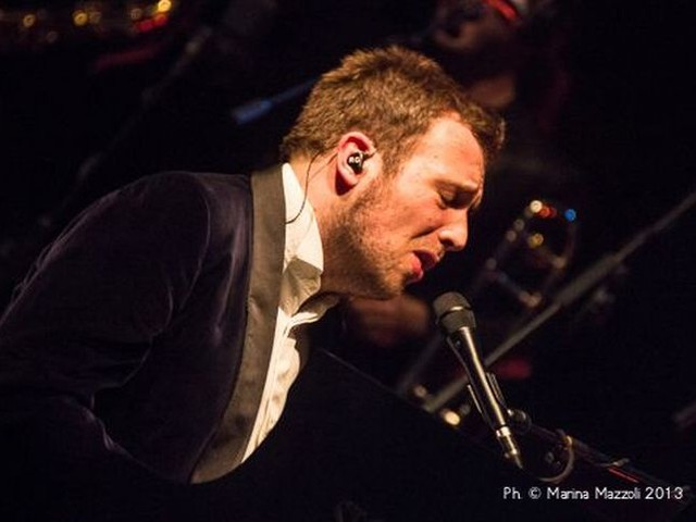 Accadde nel rock, oggi 11 novembre: Raphael Gualazzi, Allman Brothers Band, Peaches, Sugarhill Gang, Andy Partridge, Jerry Lee Lewis