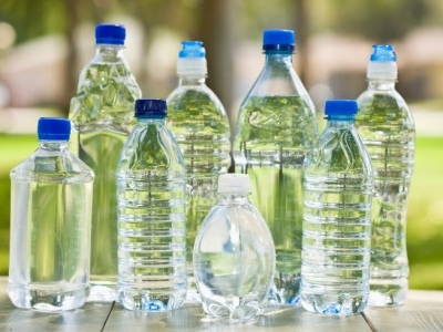 Acqua Sant'Anna: due lettrici segnalano bottiglie con cattivo odore e sapore