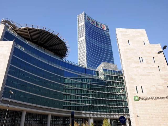 Regione Lombardia, prosegue l'impegno per smaltire l'amianto dagli edifici pubblici e privati