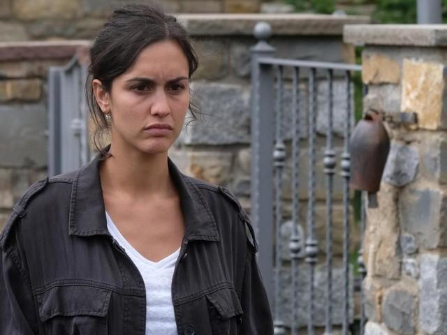 Monteperdido, spoiler 2^ puntata: Castan usa un'intervista di Ana per ritrovare sua figlia