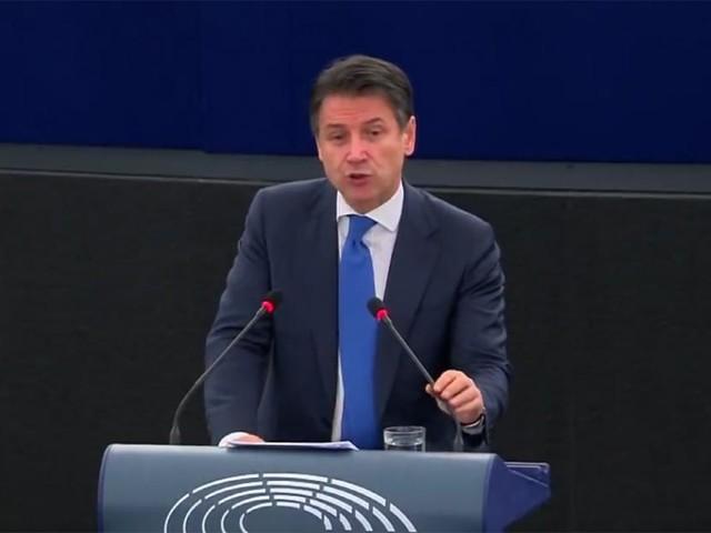 Sondaggi politici elettorali: Forza Italia si risolleva, leggera flessione per PD e Lega