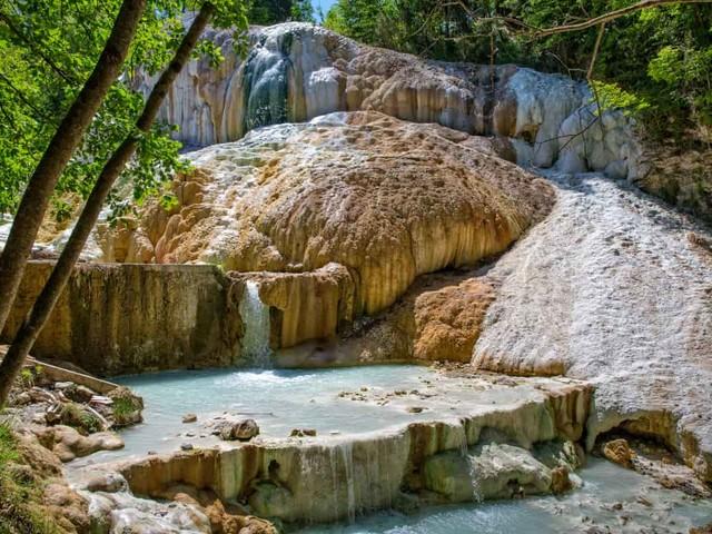 Bagni San Filippo: terme libere, bellissime e sconosciute