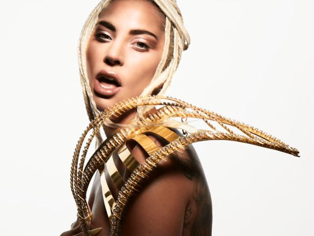 """Lady Gaga confessa il crollo emotivo durante l'ultimo tour: """"Non mi sono mai sentita bella nella mia vita"""""""
