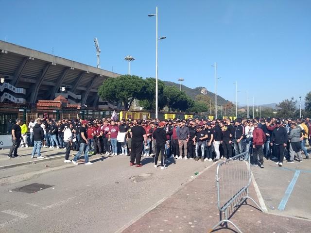 """Sciopero dei tifosi contro Lotito: """"Liberate la Salernitana"""""""