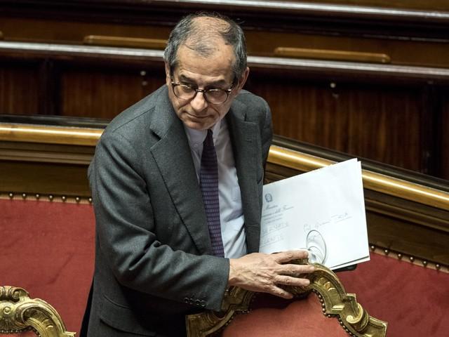 """""""L'Italia ora è in stagnazione"""". Anche Tria sbugiarda Di Maio"""