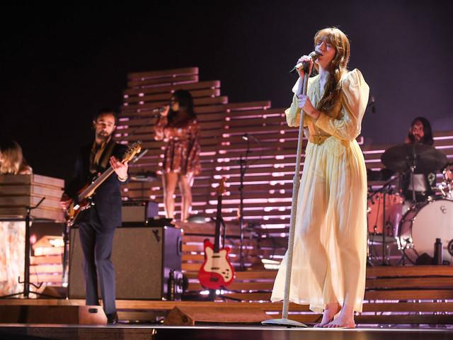 Florence + The Machine, le foto del concerto a Torino
