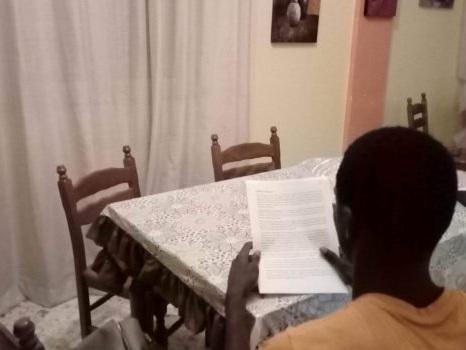 Dalla Libia a Messina, ecco Boyka: il migrante sopravvissuto all'inferno che sogna di diventare scrittore
