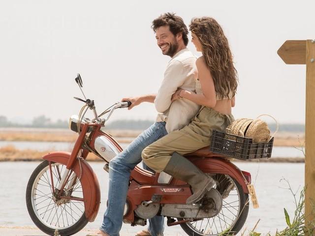 Il molo rosso, puntata del 24 aprile: Alejandra e Conrado si avvicinano