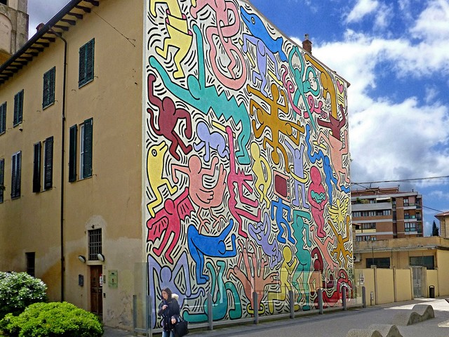 Pisa, nessuno tocchi quel murale. L'assessore leghista, Keith Haring e i radical-chic