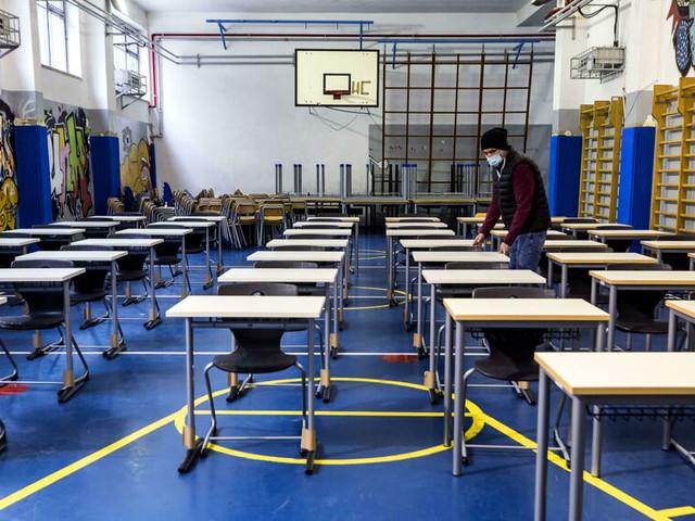 Le scuole che non riapriranno lunedì
