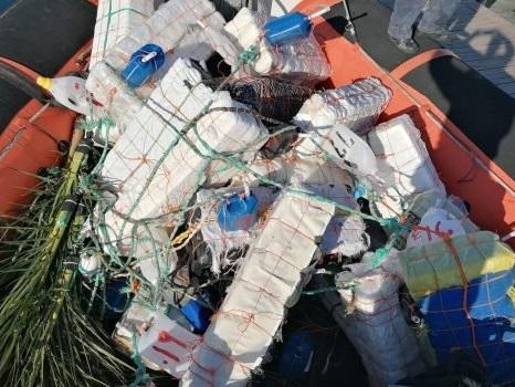 Pesca illegale a Pantelleria, sequestrati 27 dispositivi di concentrazione di pesci