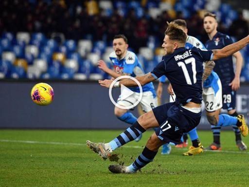 Napoli-Lazio, Immobile scivola sul dischetto di rigore: errore clamoroso