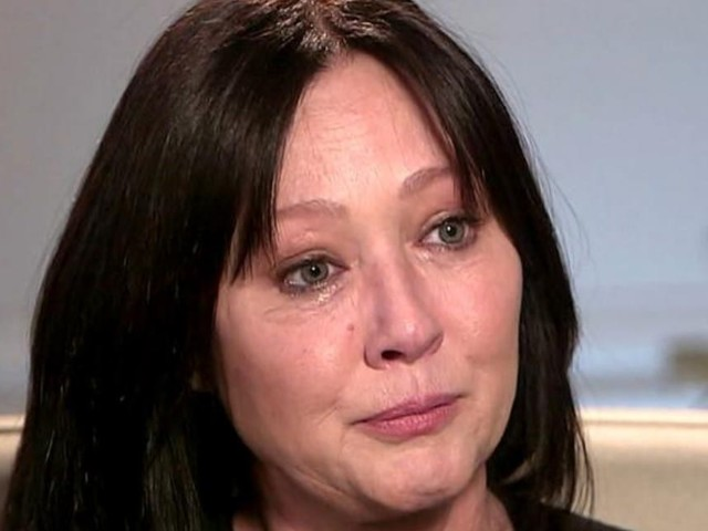 """Shannen Doherty, lotta al cancro: """"Mio marito e mia madre devono sapere"""""""