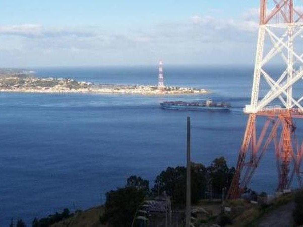 Previsioni Meteo, ultime ore di freddo: a partire dal weekend inizia un lungo periodo di sole e caldo per Calabria e Sicilia, Ponte del 25 Aprile di bel tempo