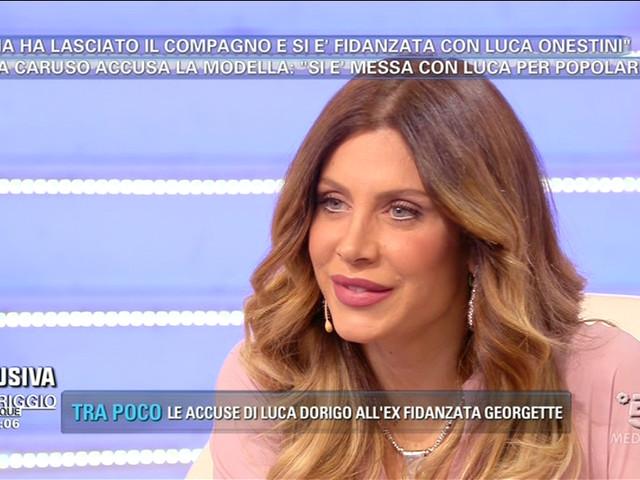 """Pomeriggio 5, Paola Caruso: """"Mi hanno minacciata di morte, sono schifata"""" (VIDEO)"""