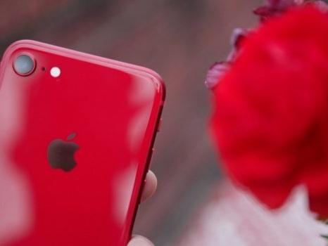 Ancora iPhone SE 2: storage, prezzo, colorazioni e design