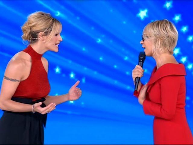 Maria De Filippi torna ad Amici Celebrities e chiede scusa a Michelle