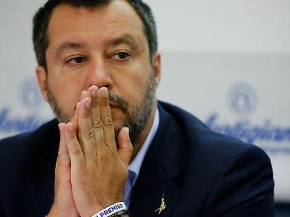 """Matteo Salvini, la reazione durissima contro i genitori killer di Novara: """"Maledetti"""""""