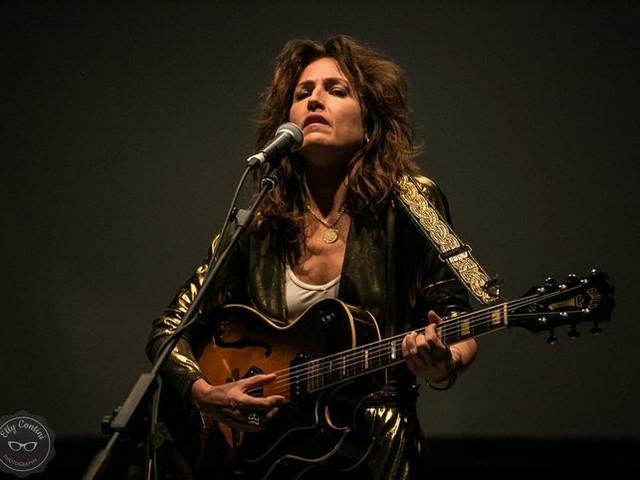 Accadde nel rock, oggi 26 luglio: Joan As Police Woman, Queen, Mick Jagger, J.J. Cale, Giorgio Canali, Nino Buonocore, Albano e Romina