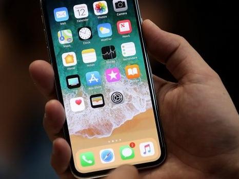Altro che a novembre l'iPhone X in Italia: spedizioni insufficienti fino al 2018?