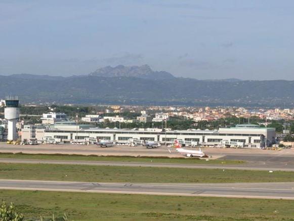 Aeroporti, F2i compra Olbia e lancia il polo della Sardegna
