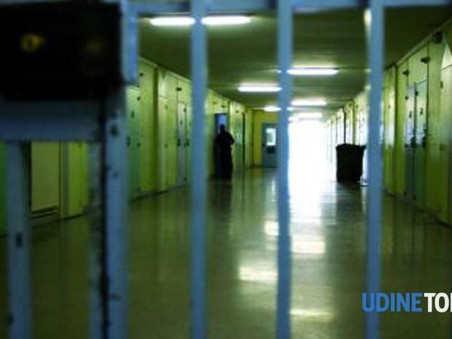 Sovraffollamento, mancanza di igiene e di personale, la situazione al carcere di Tolmezzo