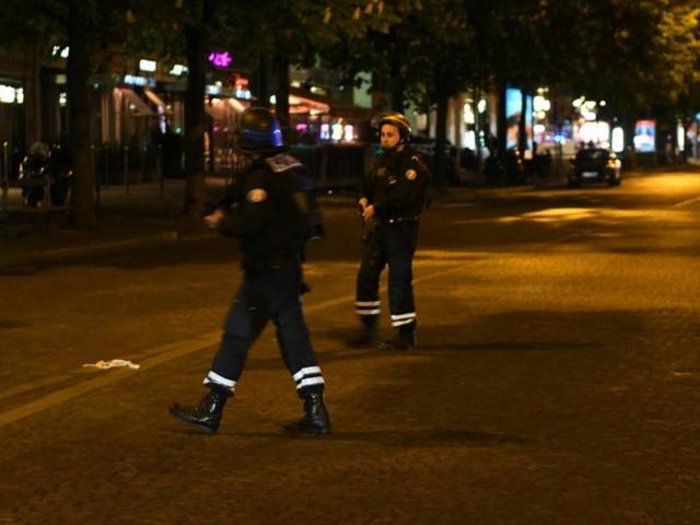 Terrore in Francia: spari al mercatino di Natale, almeno due morti e 11 feriti