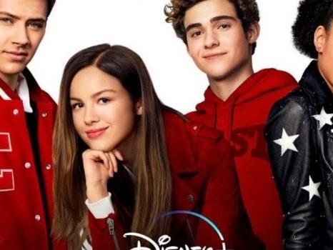 """High School Musical """"diventa"""" una serie tv e si mostra nel primo trailer: i dettagli e il cast"""