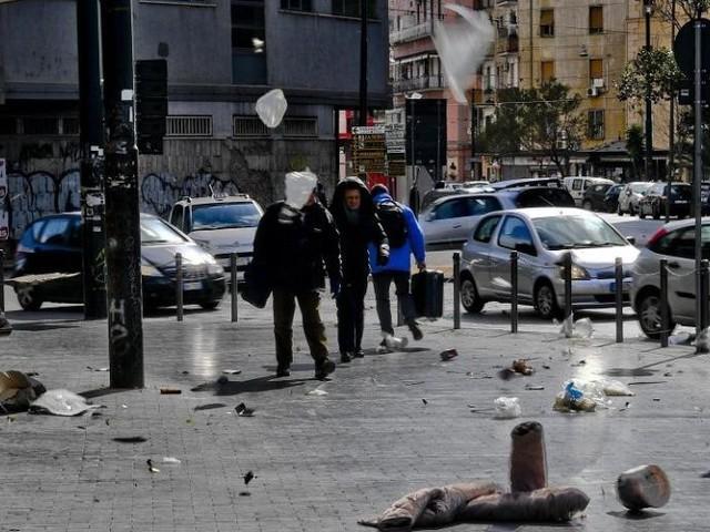 Il maltempo uccide: due morti per il crollo di un muro a Frosinone, a Guidonia un uomo schiacciato nell'auto