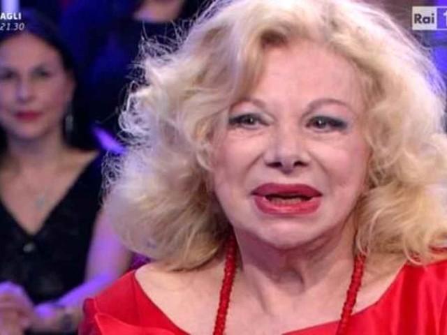 Chi è Sandra Milo: età, carriera e vita privata della storica attrice