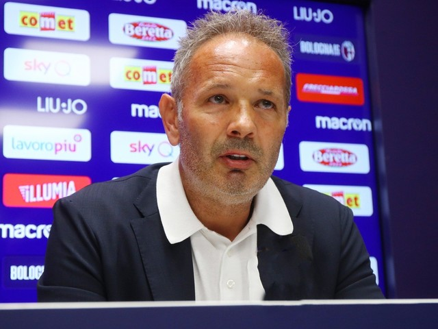 Mihajlovic, la conferenza stampa in diretta dalle 11: gli aggiornamenti sulla malattia del tecnico del Bologna