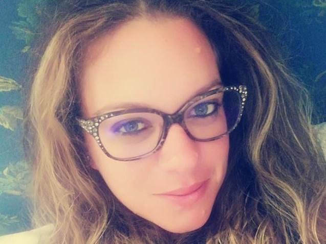 L'Aquila, schianto mentre va al lavoro: Serena muore a 32 anni, lascia due figli
