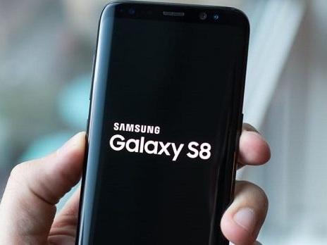 Fotocamera Samsung Galaxy S8 potenziata? La verità sull'aggiornamento Live Focus