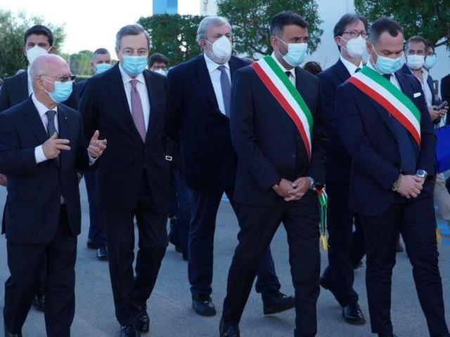 """Draghi agli studenti dell'Its a Bari: """"Un sistema educativo che non funziona alimenta le diseguaglianze"""""""