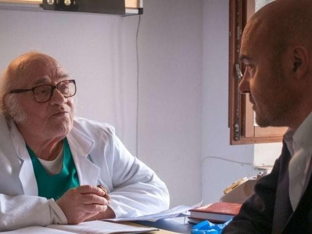 Montalbano e l'omaggio al dottor Pasquano | VIDEO