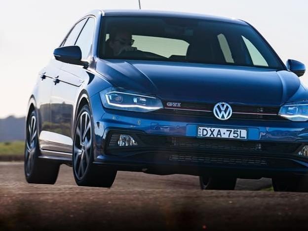 Polo Volkswagen 2019 prova su strada, test drive nuovo modello. Voto, commenti e recensioni