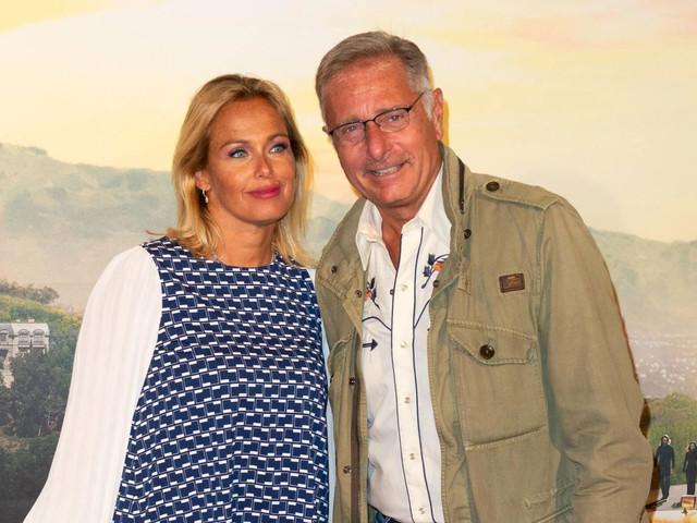 Paolo Bonolis compie 60 anni, 'il tuo regalo più bello': il post della moglie Sonia Bruganelli per il marito