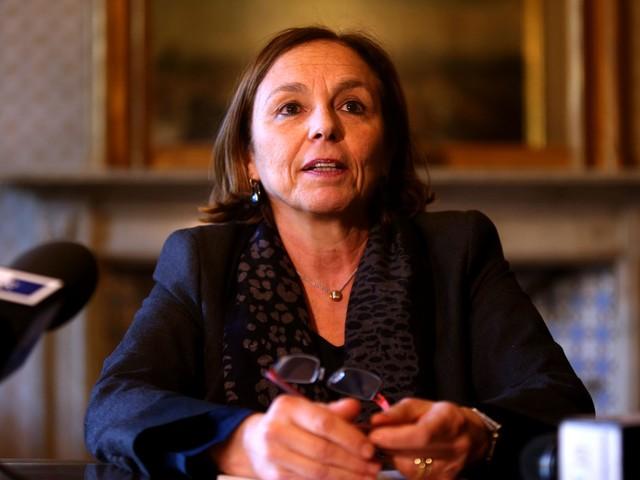 """Lamorgese fa guerra a Salvini: """"Modificare i Decreti sicurezza"""""""