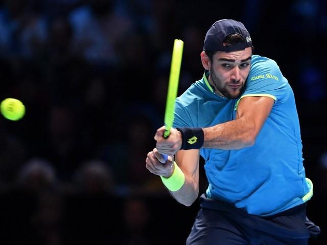 Tennis, Atp Finals: Berrettini perde due set a zero contro Federer