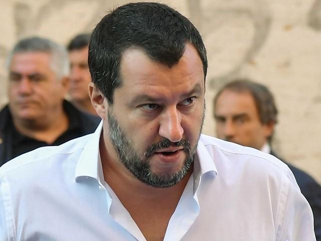 """Attacco Strasburgo, Salvini: """"Arresto per chi esulta online"""""""