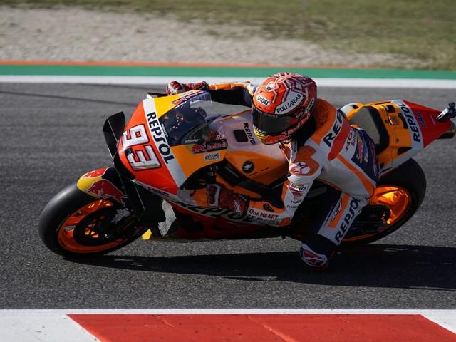 Motogp, Misano: Marquez beffa Quartararo nel finale. Quarto posto per Rossi