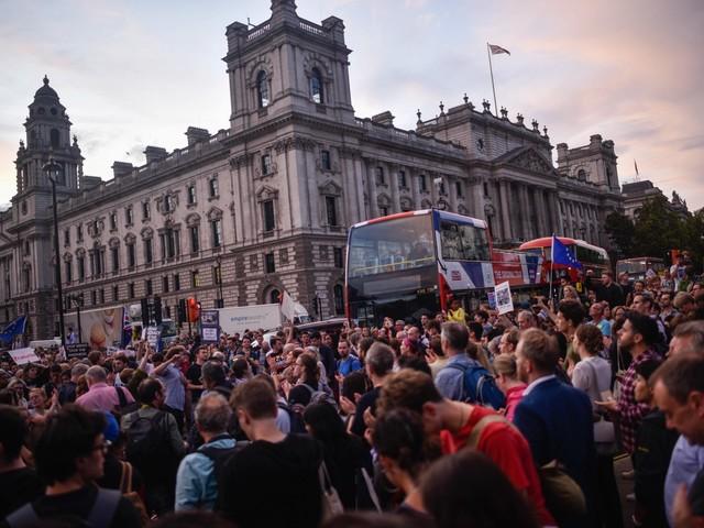 Brexit, il Regno Unito scende in piazza contro Boris Johnson
