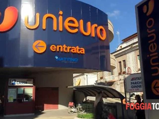 """Dopo 14 anni chiude Unieuro a Foggia, persi 20 posti di lavoro: """"Ce l'abbiamo messa davvero tutta"""""""