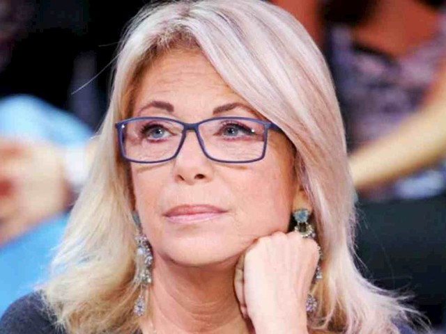 """Rita Dalla Chiesa, costola fratturata dopo caduta: """"Colpa del cane di mia figlia"""""""