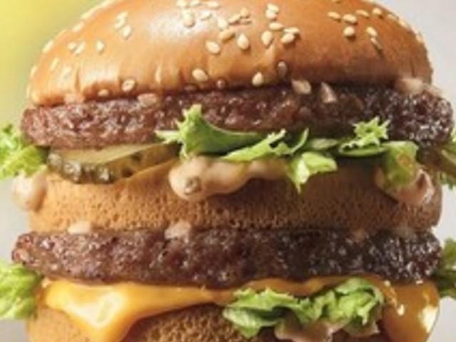 Cambia la ricetta del Big Mac, il panino icona del McDonald's