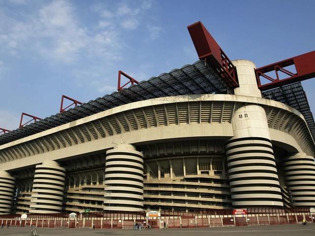 Derby di Milano: meglio a San Siro o in un nuovo stadio per Milan e Inter?