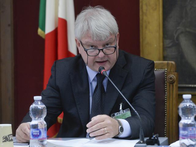 """Nel mirino c'è il banchiere Signorini: osò criticare il sussidio e """"quota 100"""""""