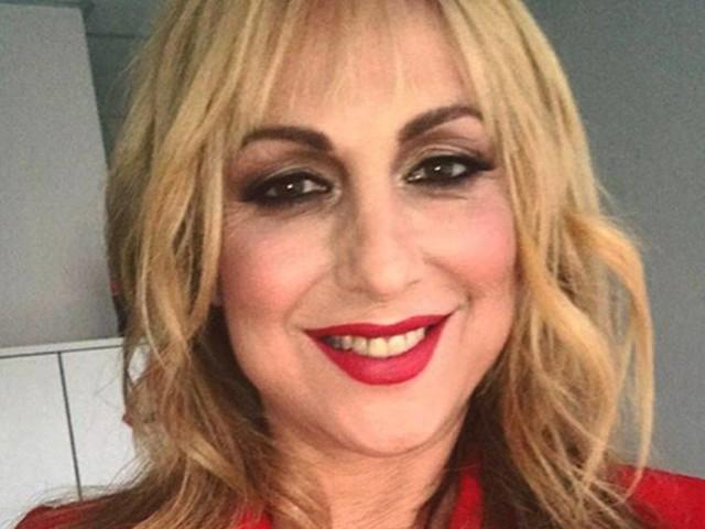 Amici, Alessandra Celentano litiga con Elena D'Amario e la caccia dalla sala