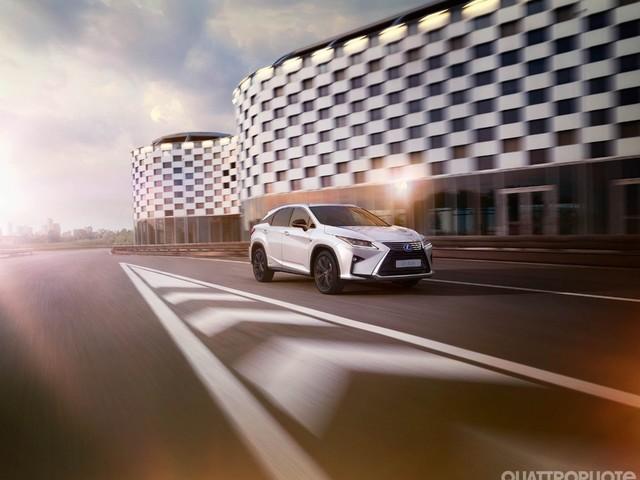 Lexus RX - Debutto europeo per l'allestimento Sport