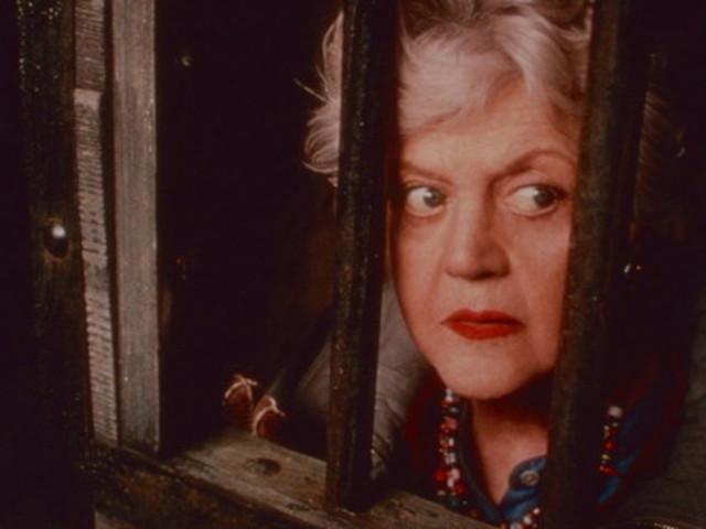 """Angela Lansbury compie 95 anni: è nella storia della tv con """"La signora in giallo"""""""
